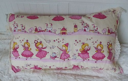 Pillowcase for small and big kids 40 x 80 cm
